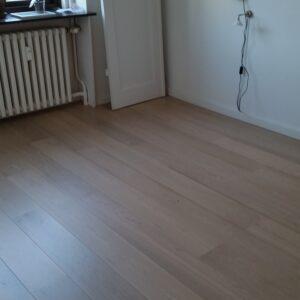Nyt gulv hos la Cour Byg