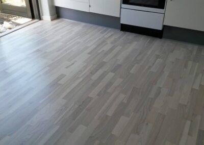 Det nye gulv er klar til brug. la Cour Byg