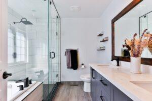 Lækkert badeværelse, la Cour byg